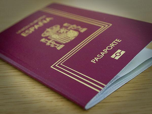 Tramitamos nacionalidad para extranjeros